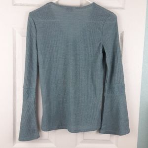 Lucky Brand Tops - Lucky Brand Thermal Bell Sleeve Top Size Small